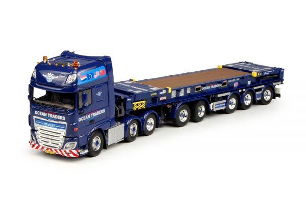OCEAN TRADERS - DAF XF SSC FTG / D-Tec 5 axle Combitrailer + Flat Rack container