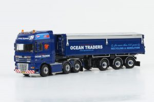OCEAN TRADERS - DAF XF 105 SSC FTG / Bulthuis Kip Trailer